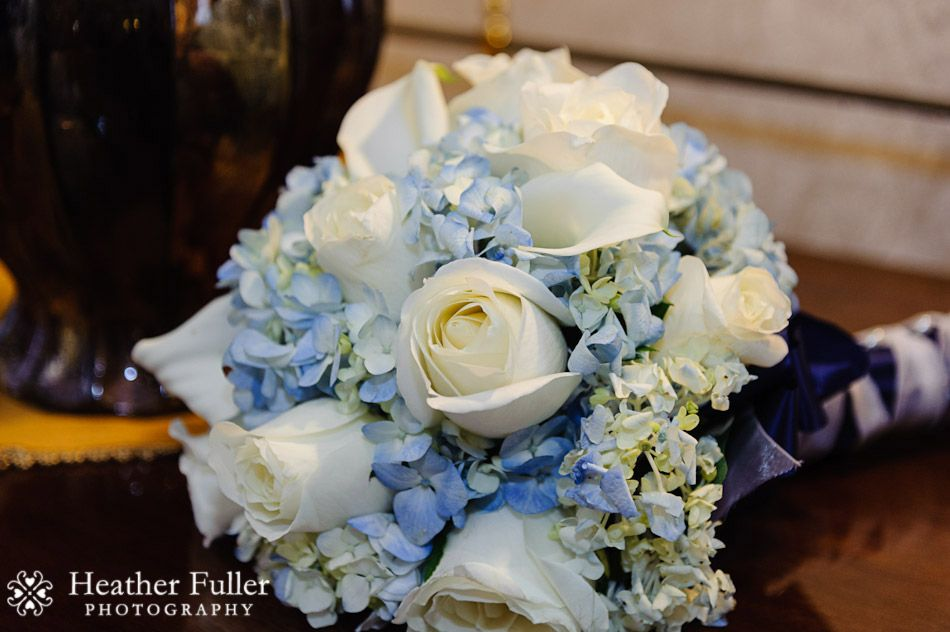 Blue And White Hydrangea Wedding Bouquets Heather Fuller Photography The Colonial Hotel