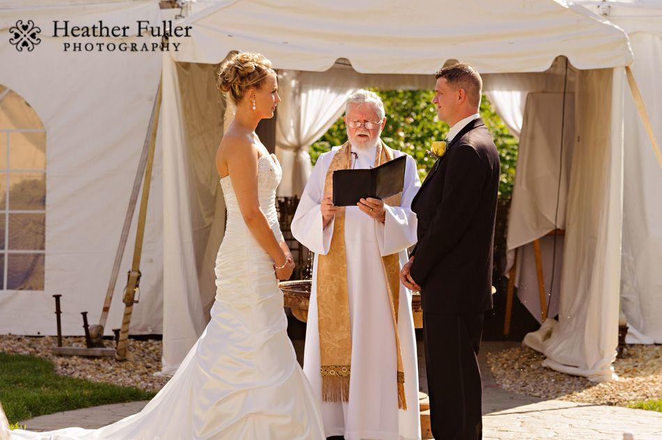 Ashley Amp Chris Wedding At The Colonial Hotel Gardner Ma